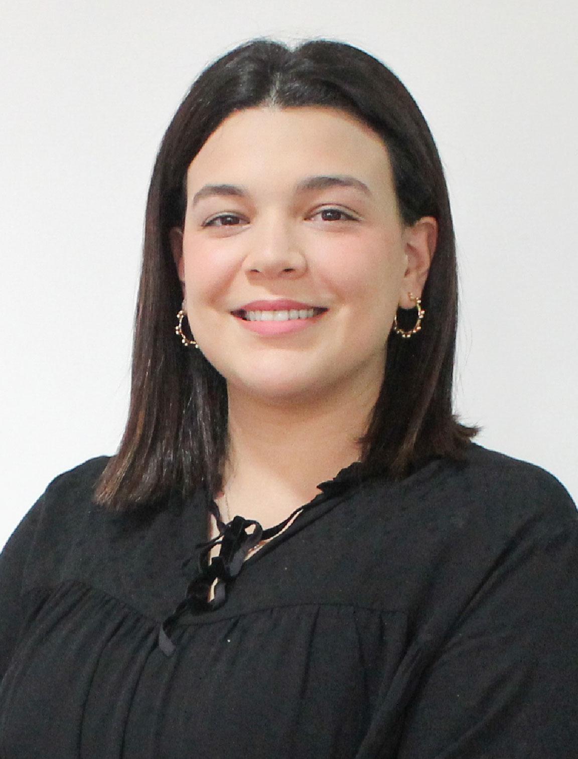 imagen de abogada Fiorella Gagliardo de Crealegis estudio de propiedad intelectual